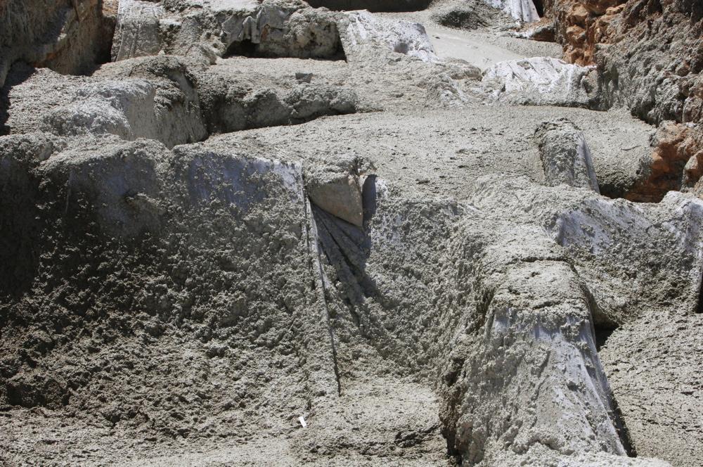 Burial 009