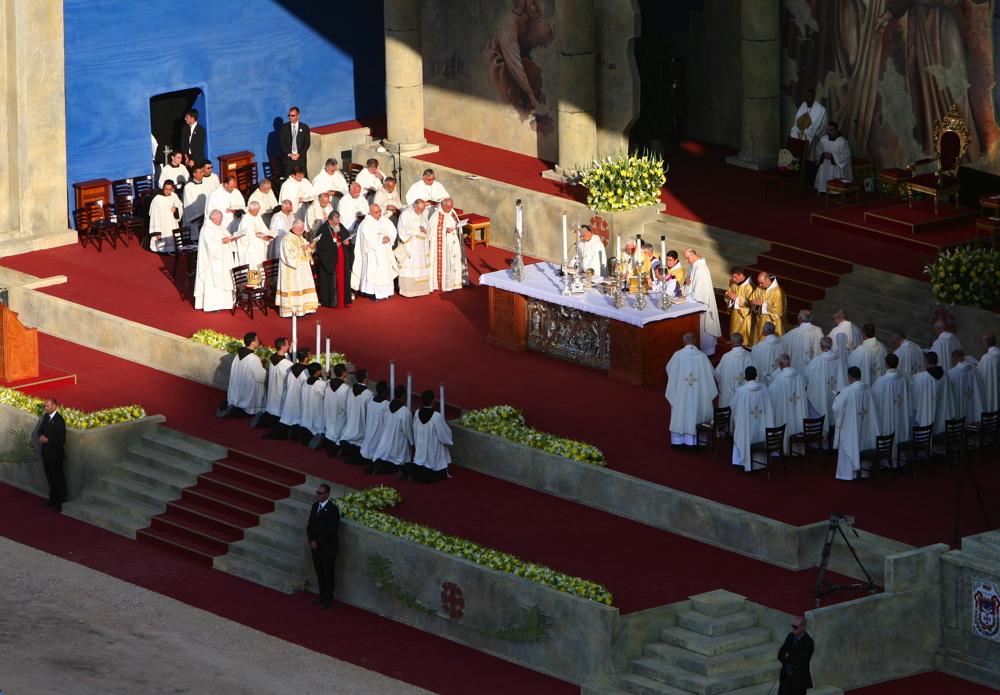 Pope Benedictus XVI 014